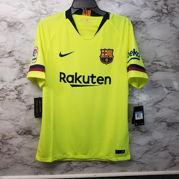 sale retailer 12432 af472 Nike FC Barcelona Away Jersey Mens 90$ 2018 New NWT